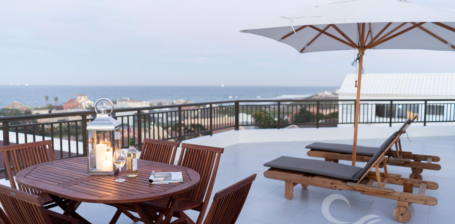 Jeffreysbay_Lux_apartments_Penthouse_dec