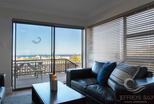 Jeffreysbay_Luxury_Apartments_Unit3_Loun