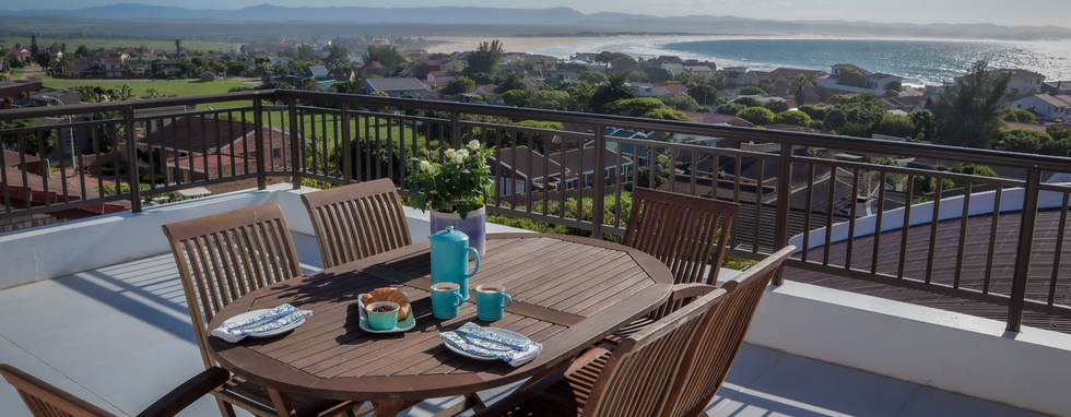 JBay-UNIT10_breakfast-with-a-view.png