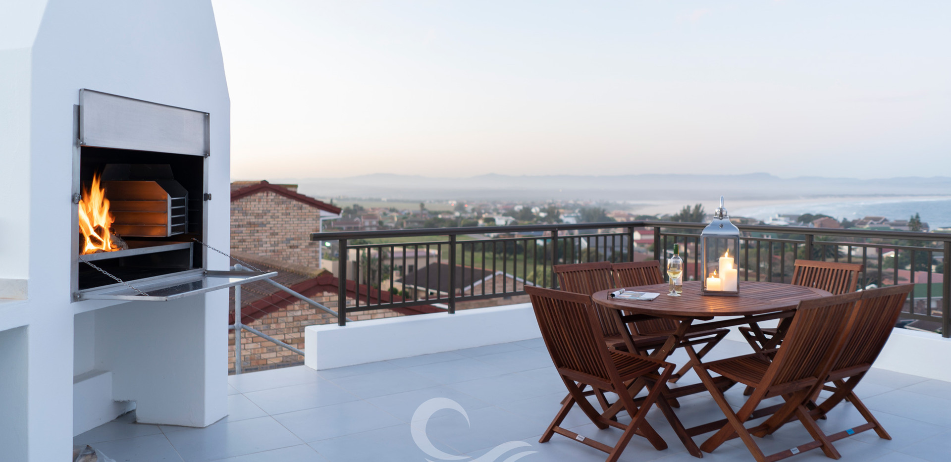 Jeffreysbay_Lux_Apartments_Penthouse_BBQ