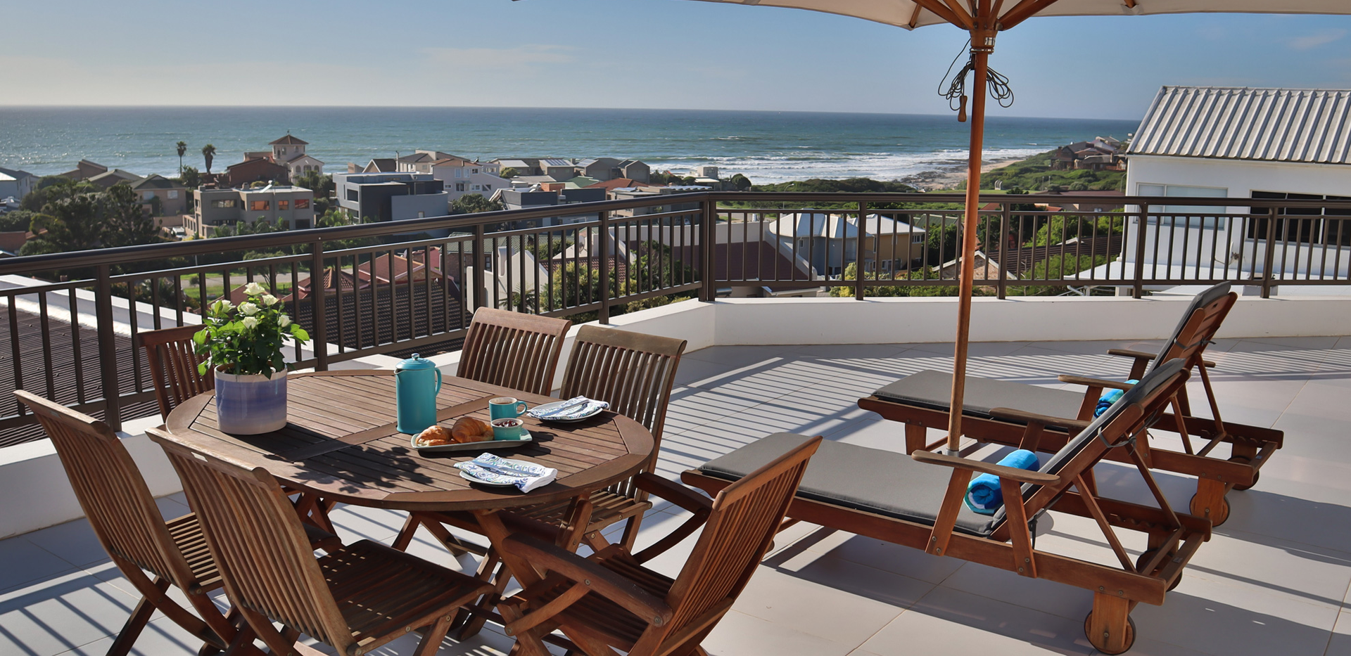JBay-UNIT10_penthouse-patio-with-a-view.