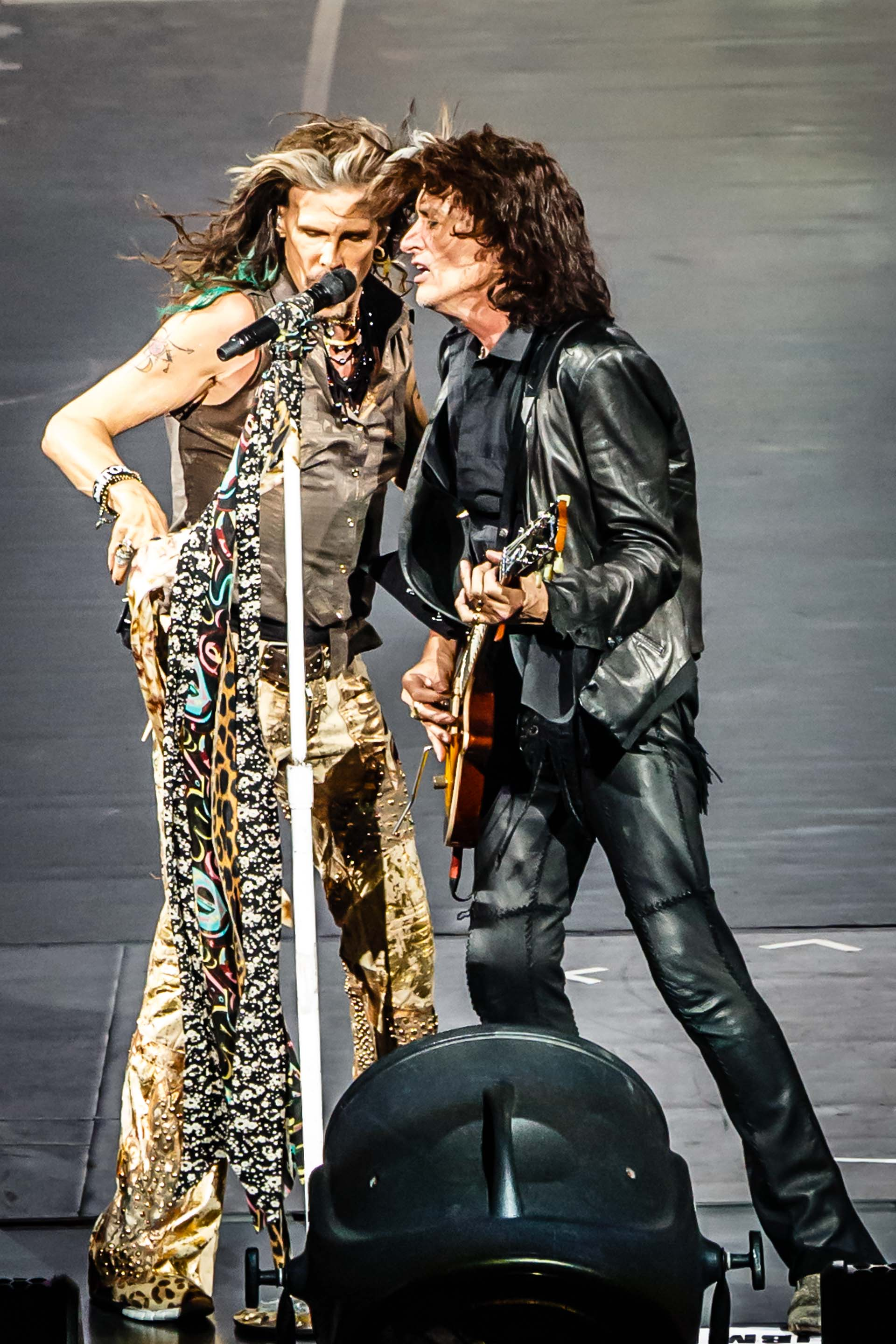20150225210654 19074 WED SPECIAL EVENT - AEROSMITH ROCKET