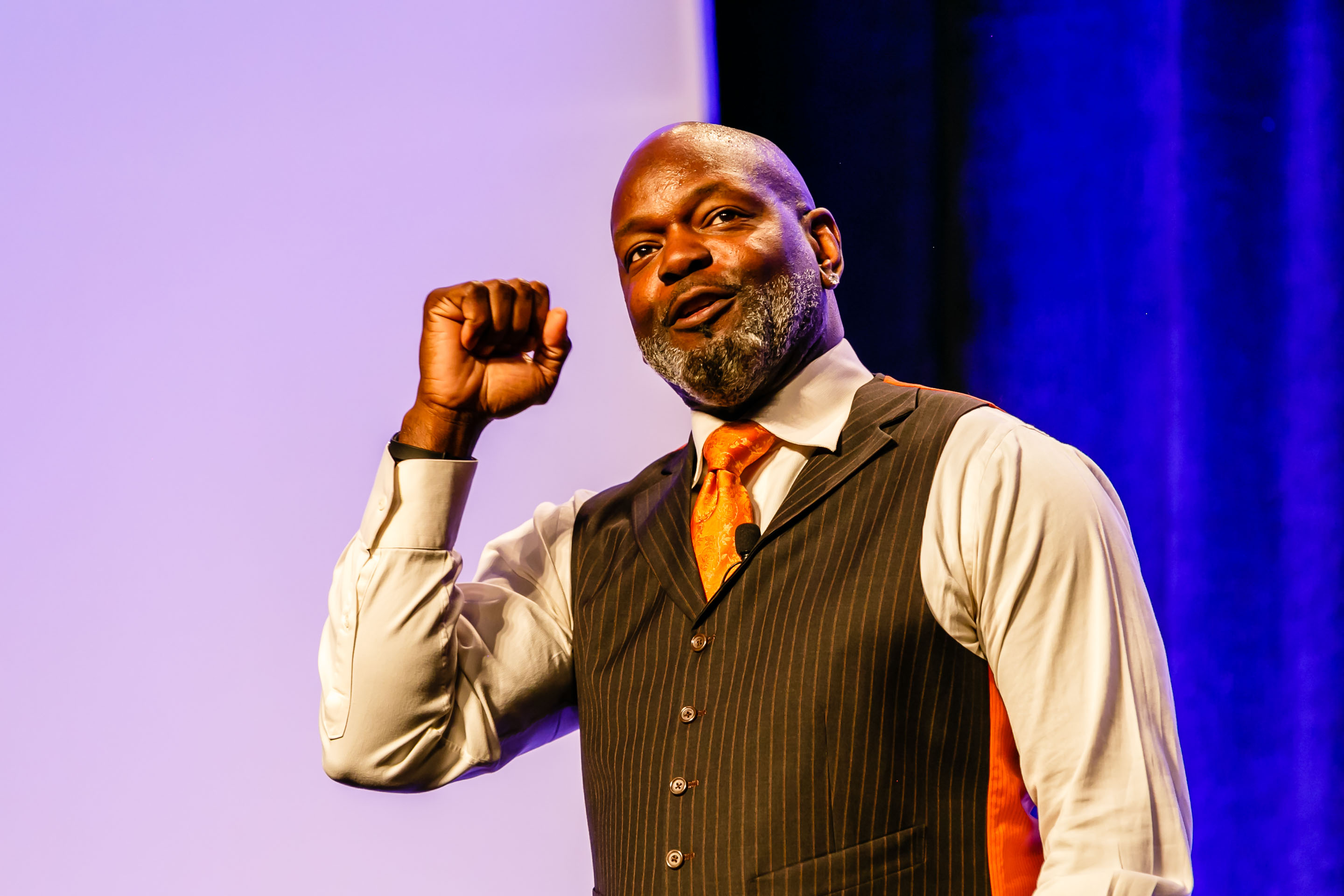 20150220113533 11693 FRI IBM SALES ACADEMY 2015 EMMITT SMITH