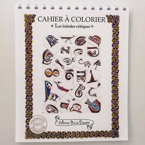 Cahier de coloriage «Les initiales celtiques»