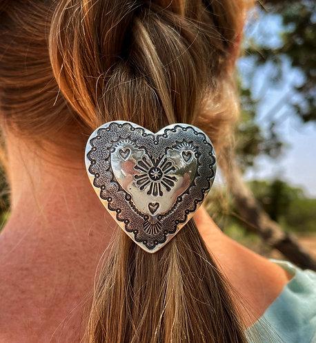 Queen Of Hearts Hair Concho