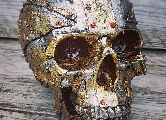 Iron Union skull (19 cm)