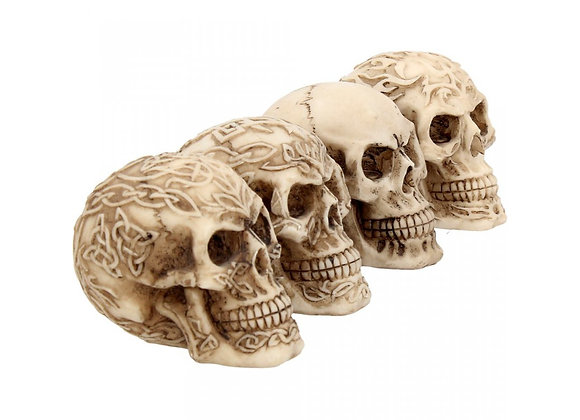 Sinister smiles skulls set of 4 (7cm)