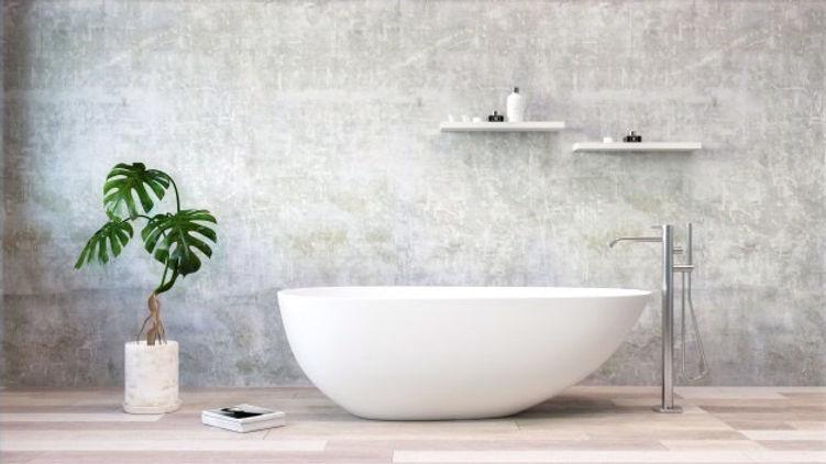 baignoire-blanche-debout-dans-salle-bain