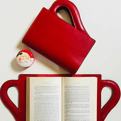 yedi kedi okur gezer kitap kılıfı