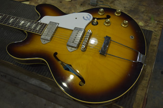 Epiphone Casino ネック折れ Gibson J-50 ネックリフィニッシュ Fender Stratocaster スキャロップ加工