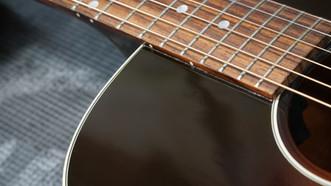 Gibson J-45 タッチアップ