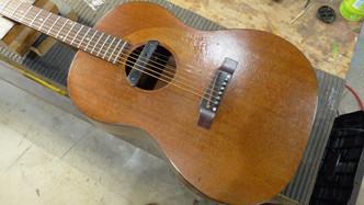 Gibson LG-0 フレット交換 サドル成形