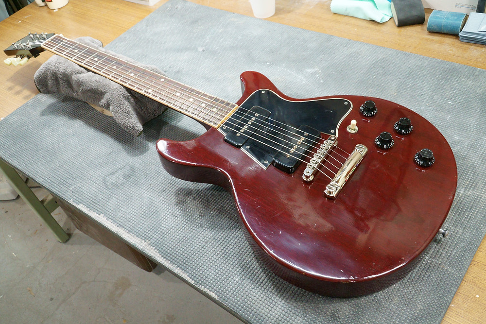 Gibson Les Paul Special Double Cutaway リフィニッシュ 完了
