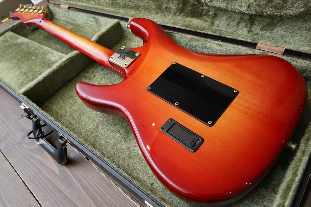 Valley Arts Steve Lukather Model リフィニッシュ完成