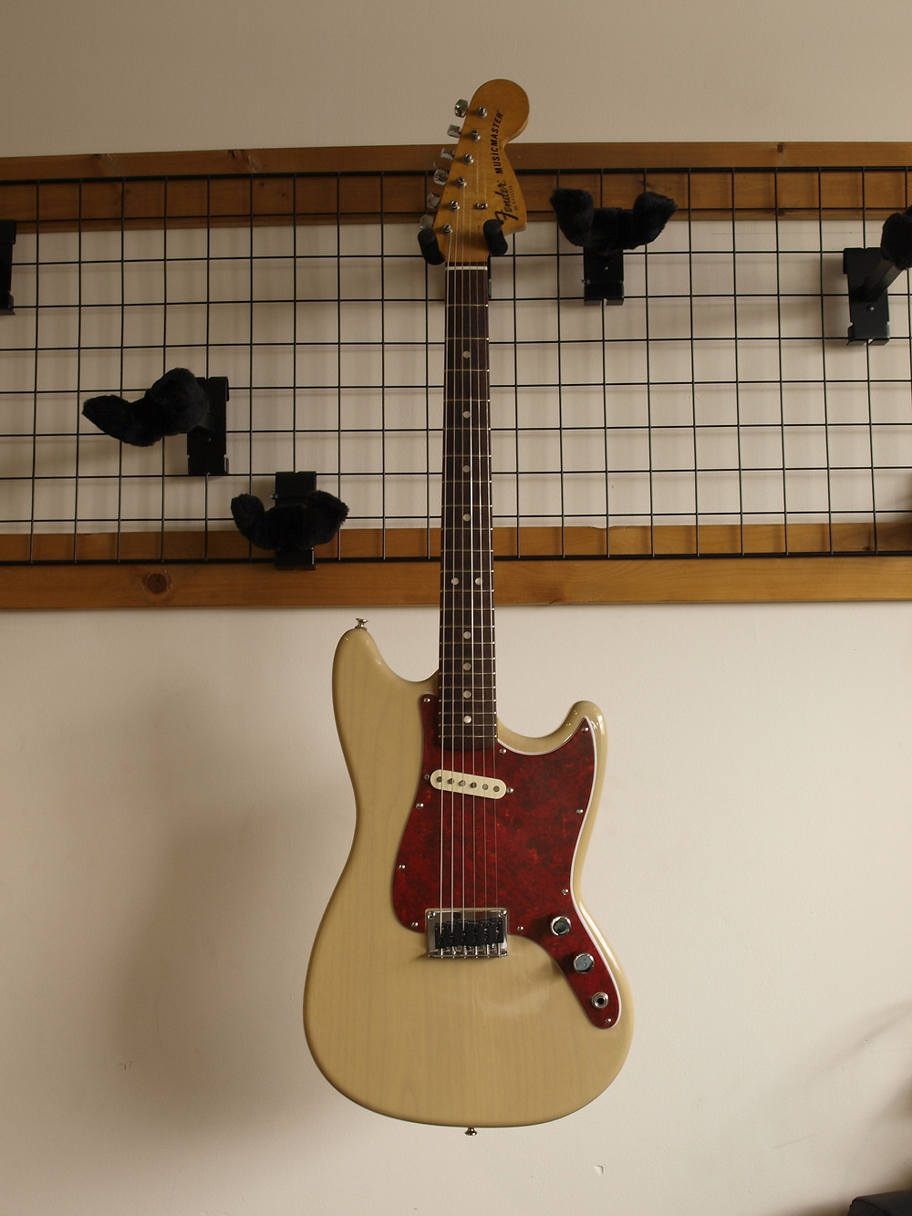 Fender MUSIC MASTER ボディ製作完成