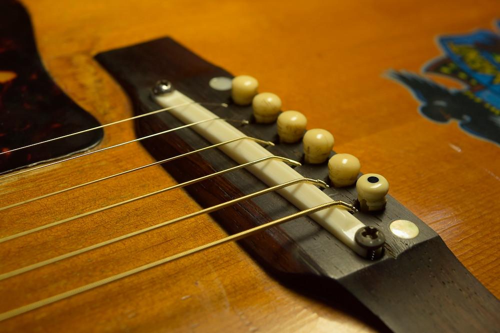 捨て弦を使用し、仮組み