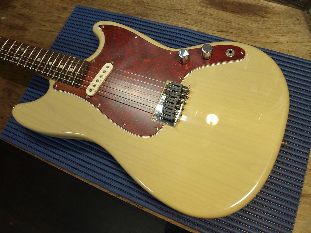 Fender MUSIC MASTER 磨きあげ 組み込み