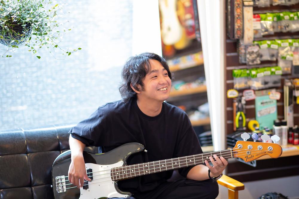 Eleven Guitars ベース / DTM[作曲] 講師 石岡広大