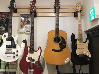 ギター.ベース.お子様ギターまで無料レンタルできちゃいます٩( 'ω' )و✨