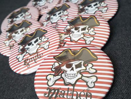 [Créations Personnalisées] Badges Pirates