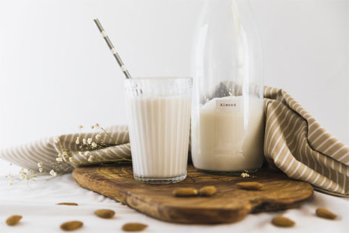 Aprende a hacer leches vegetales