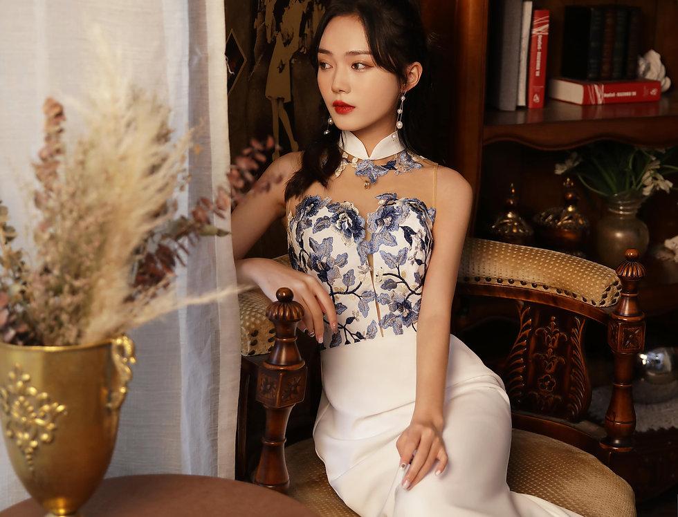 Oriental Blue-White Porcelain Inspired Florals Cheongsam