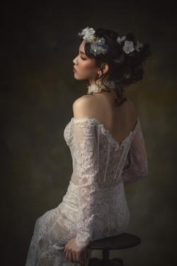 Off-the-shoulders wedding dress