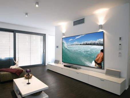 Projection systems and screens