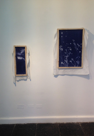 detail of allugraph proofs on fabric installed in MAC Santiago