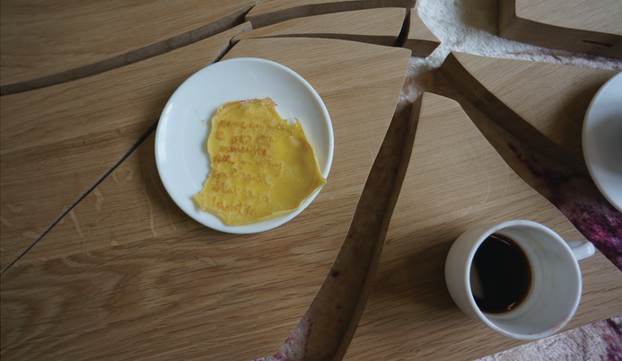 Oublie/ loveletter (kuih kapek - crepe) & coffee