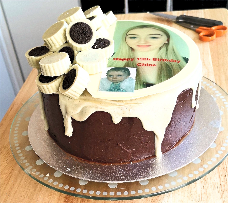 "8"" Luxury Fudge Cake"