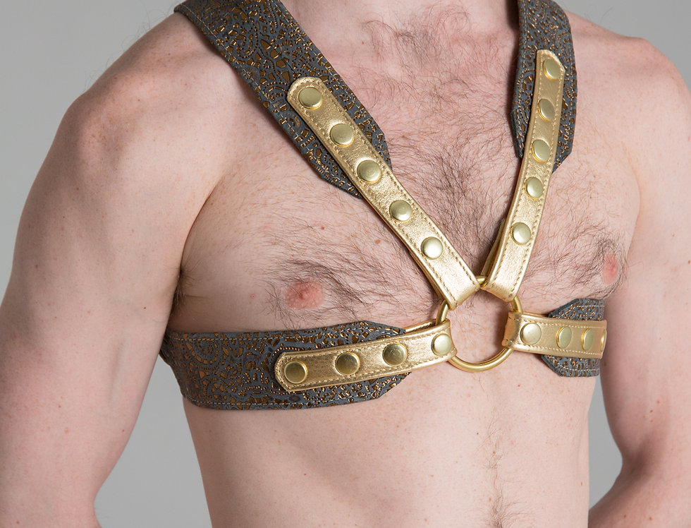 X LEATHER GOLD FANTASY HARNESS with gold snaps and ring