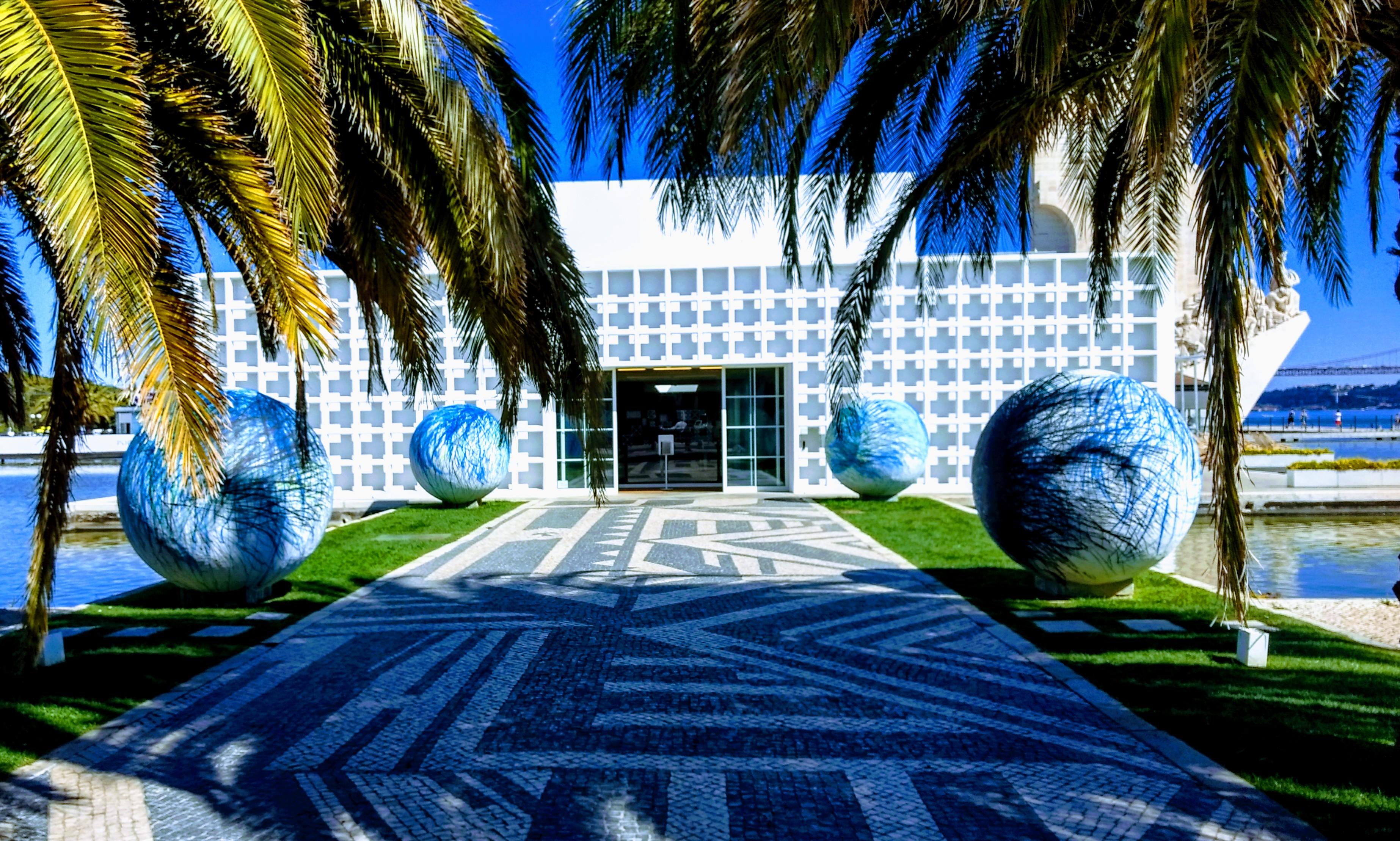 Lisboa- Galeria Espelho D'Agua