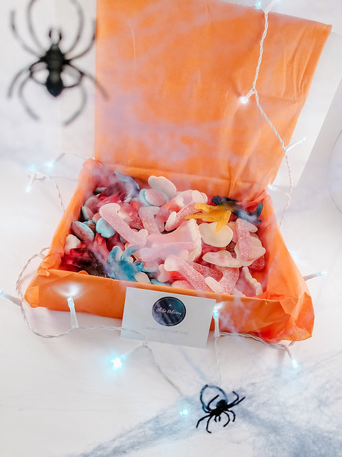 LE: Halloween Sweet Box