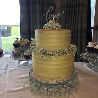 combed gyp cake.jpg