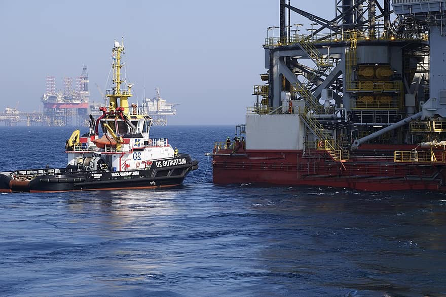 industry-technology-seafaring-shipping-o