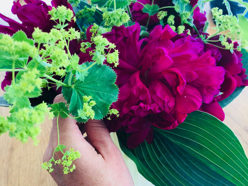 Flower Arranging Should Come Naturally