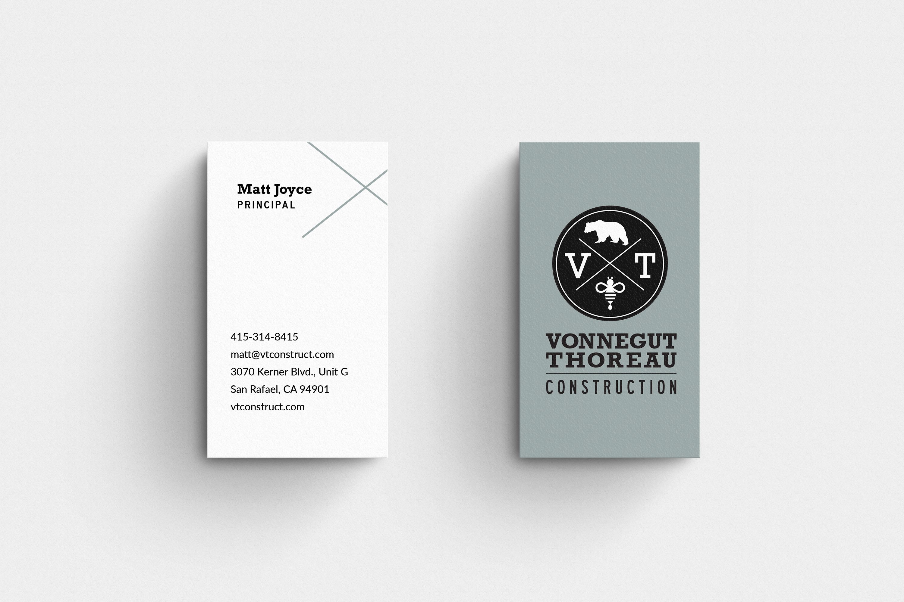 Vertical-Business-card-MockUp V2
