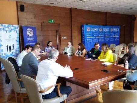 #ASEETOsorno participa en mesa público privada de Turismo.