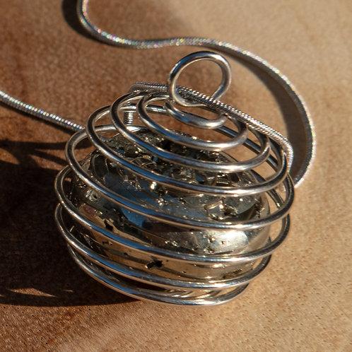 Pirite Spiral Necklace