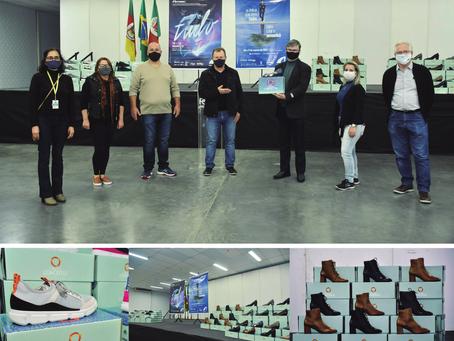 Calçados produzidos no projeto fábrica conceito foram doados