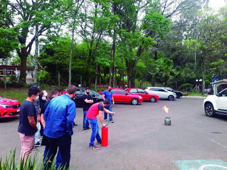Treinamento de prevenção e combate a incêndio