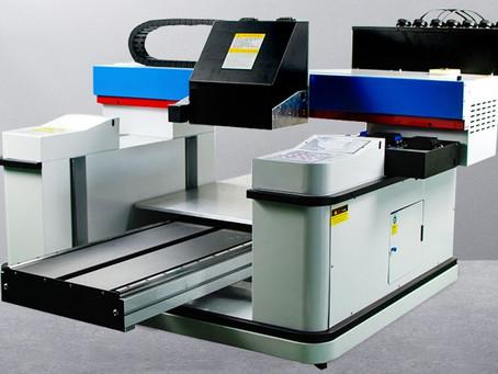 המדריך הדפסה על חומרים קשיחים בשיטת UV