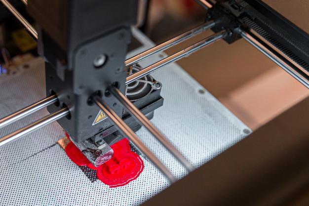 מדפסות תלת מימד חוסכות לכם כסף. איך?