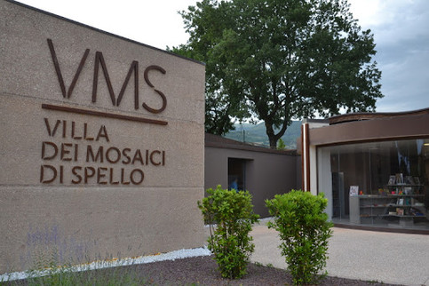 villa dei mosaici spello - ingresso.jpg