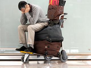 Atraso de sete dias em voo sem assistência ao passageiro gera dever de indenizar