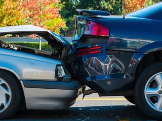 Em caso de perda total do veículo, valor pago por seguradora deve ser o da data do acidente