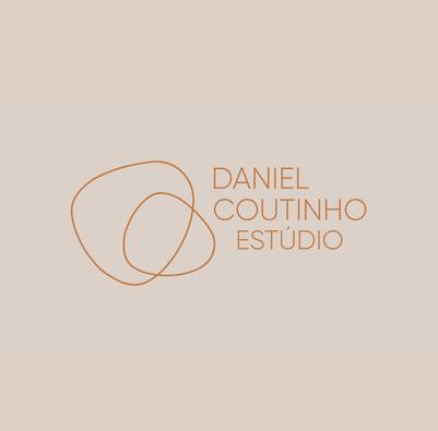 Branding para o Estúdio de móveis autorias Daniel Coutinho