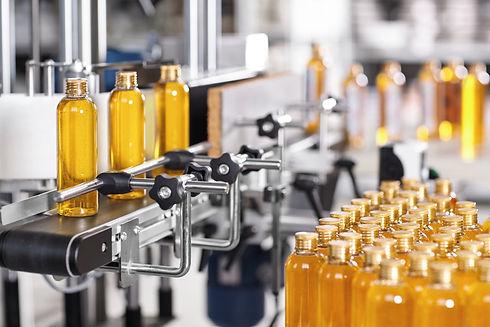 L'usine de Thepenier Pharma & Cosmetics permet la transposition industrielle de vos prorduits finis grace à des lignes de conditionnement performantes