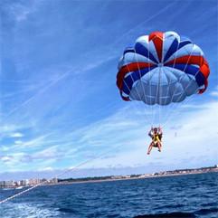 parachute-ascensionnel-a-antibes-1.jpg